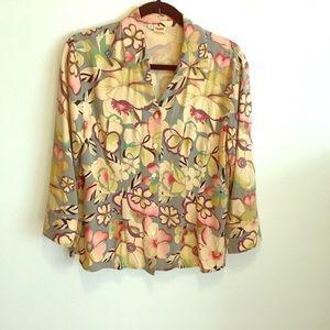 Tianello blouse,65% Tencel, 35% rayon.